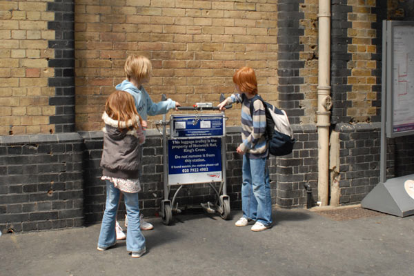 Kings Cross Platform Harry Potter trolley