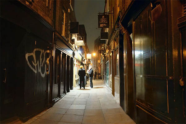 Jack the Ripper - London alleyway hardly changed since the Ripper's days