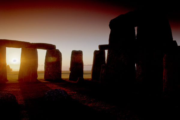 Private tour of Stonehenge at Dawn. Walk inside the circle and touch the stones.