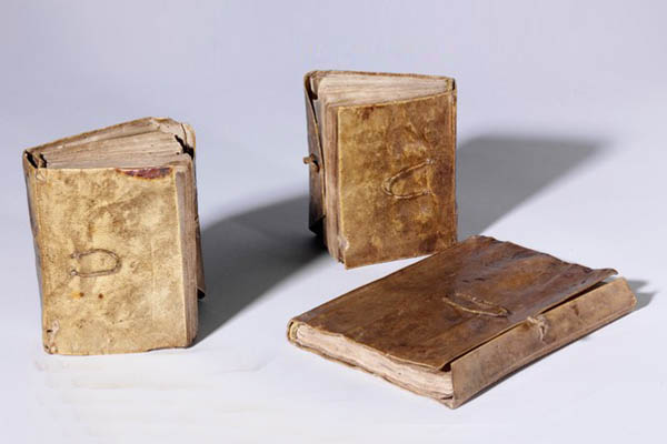 Leonardo da Vinci, Forster Codices, Volumes I, II and III, Late 15th - early 16th century © Victoria and Albert Museum, London